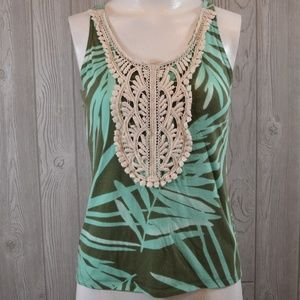 Comfy Green Palm Print Tank with Lace Accent XS